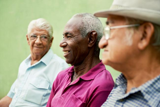 three_elderly_men_ss_129923204